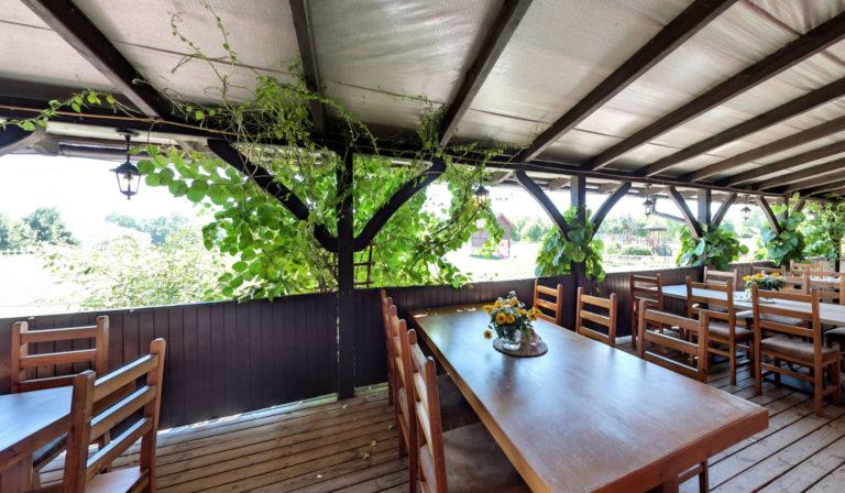 stoły restauracyjne stara stajnia